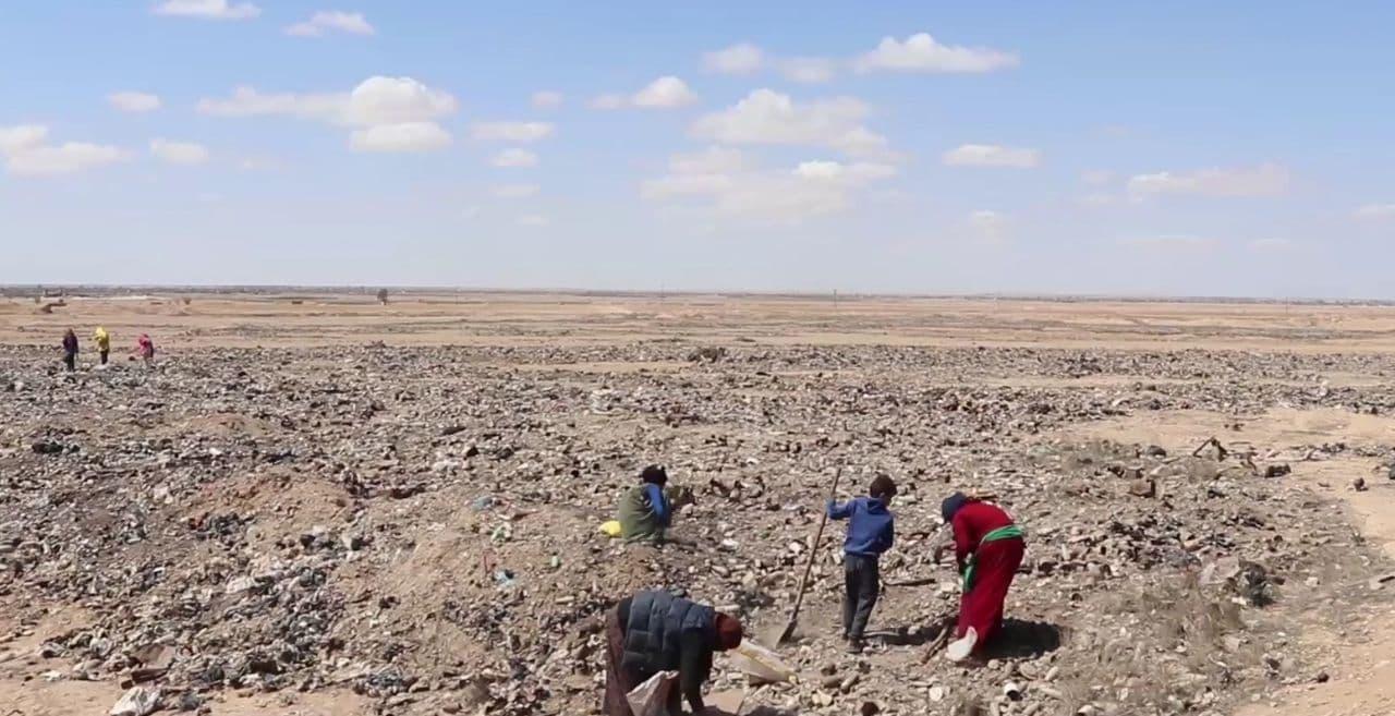 مكبات النفايات سبيل عيش لعوائل من دير الزور (فيديو)